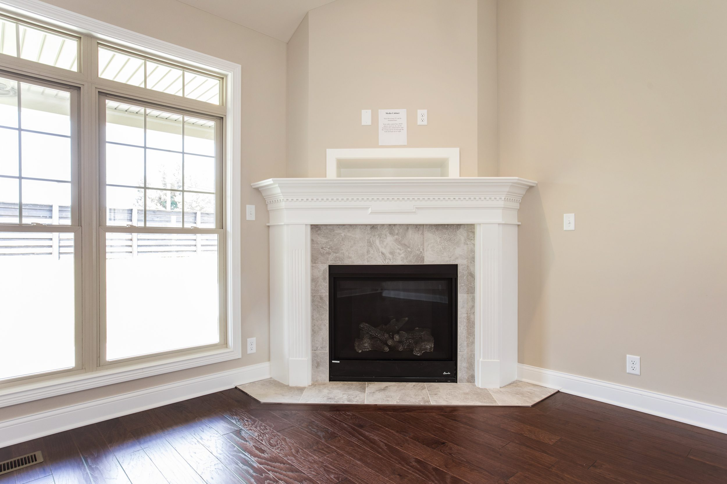 10-great room fireplace