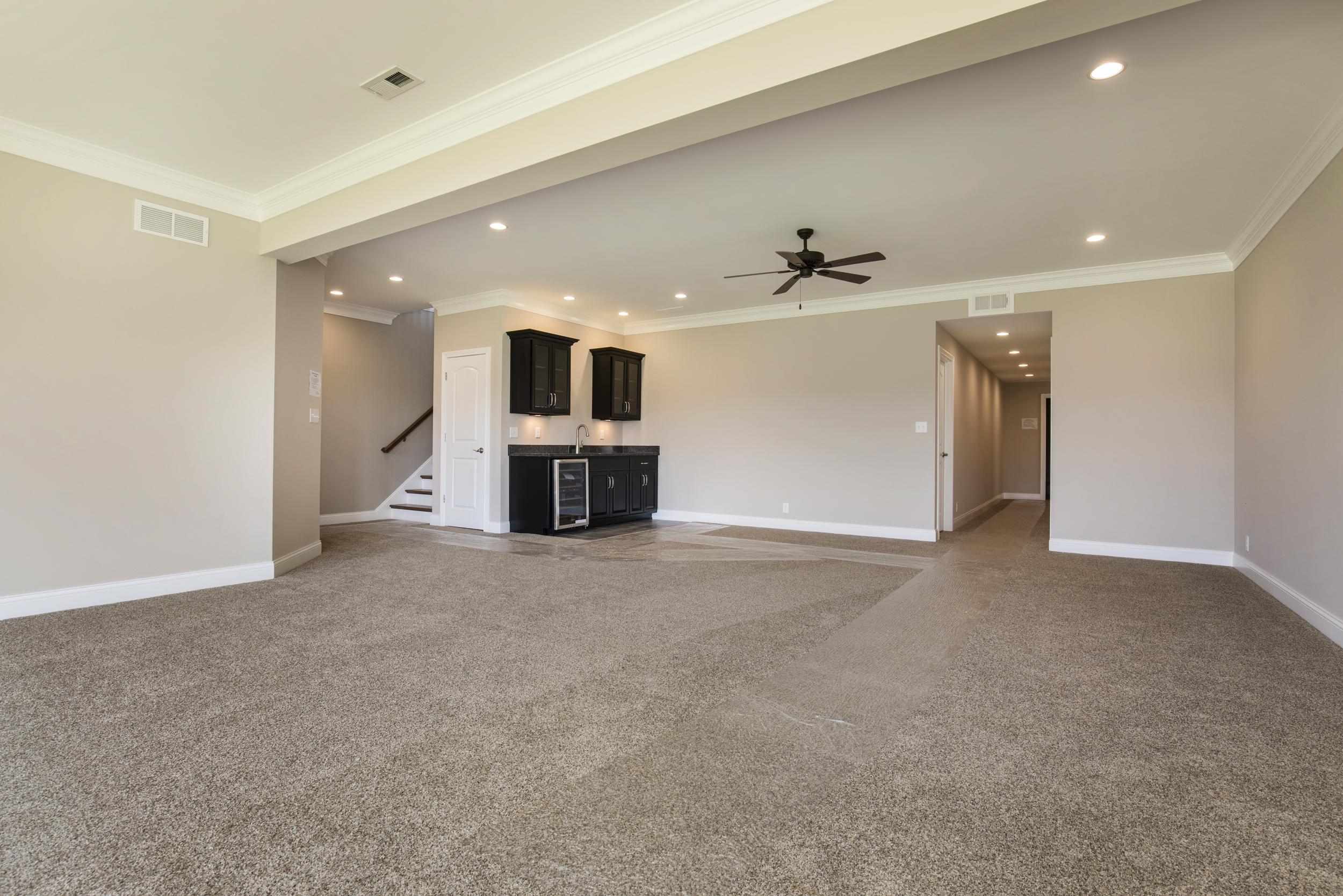 44-LL family room